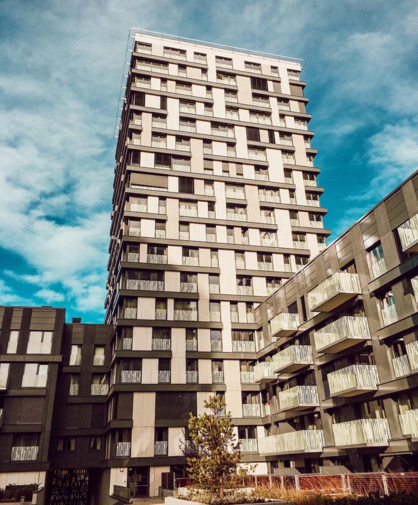 Wohnungssuche in prag holz holz und noch mehr holz for Wohnungssuche in